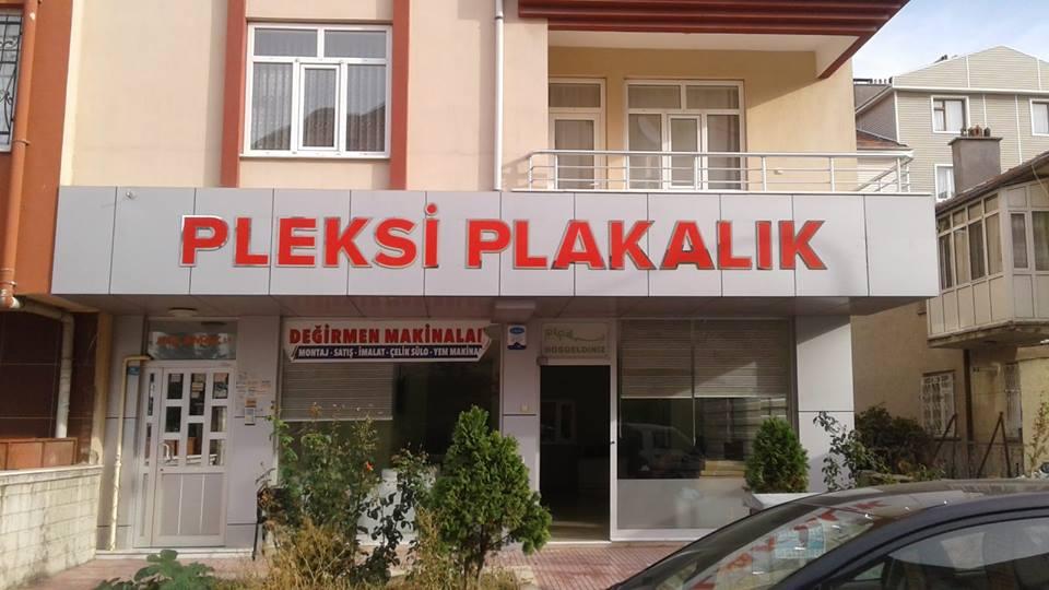 PLEKSİ PLAKALIK